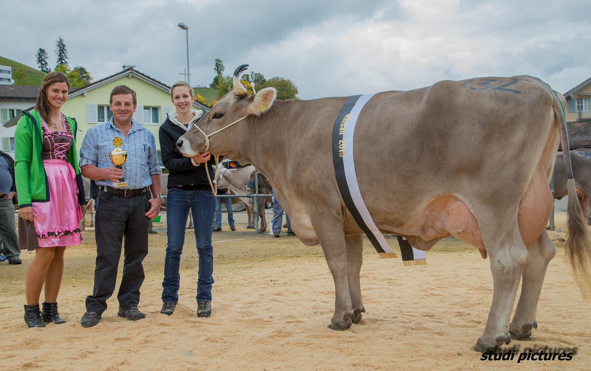Miss Genetic und Champion OB Jürg Janka Roos Walter
